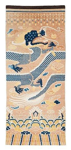 rare-antique-rugs