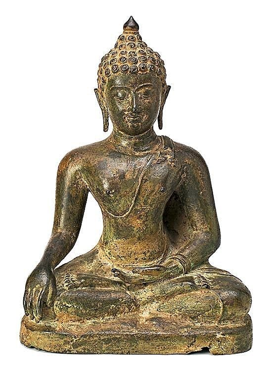 17th Century Thai school Buddha A bronze sculpture Some restorations. 36x27x15 cm